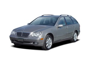 mercedes_03cclasswagon_angularfront_Regular